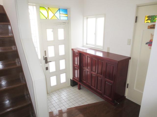 壱丁目戸建の玄関
