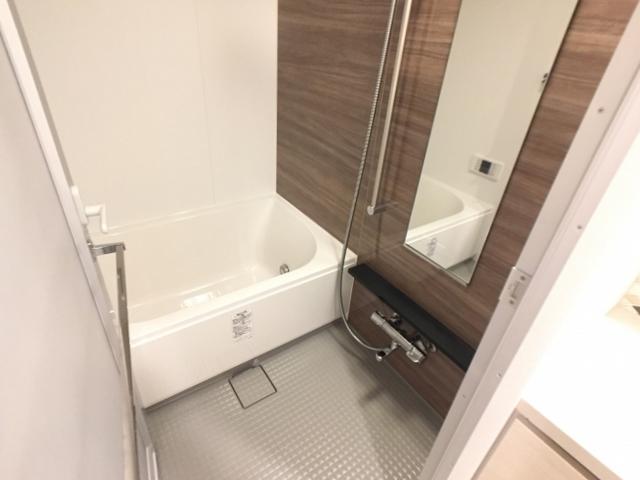 ザ・パークハビオ目黒 1206号室の風呂