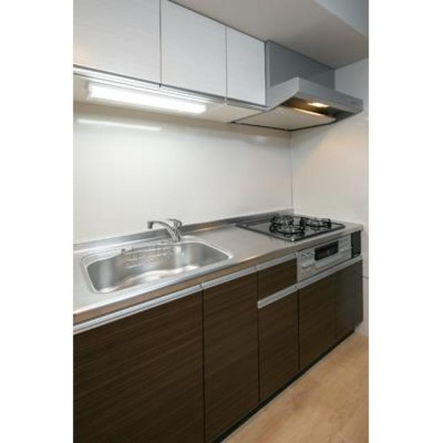 ビアンコネロ雪谷大塚 412号室のキッチン