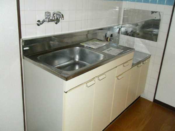メゾンドレスポワール 01010号室のキッチン