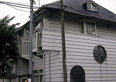 ナカノシオン駒沢外観写真