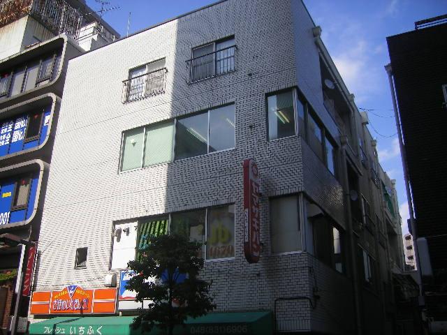 岩端ビル 4-B号室の外観
