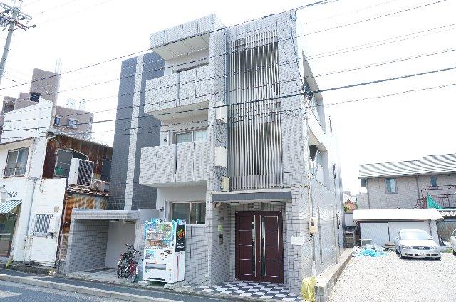 ロイヤルヒルズ八田外観写真
