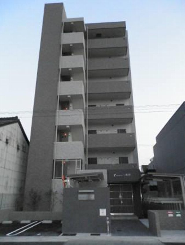 CASA八番館外観写真