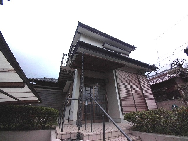 東阿倉川戸建て外観写真