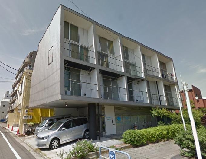ハスネ・ワールド・アパートメント外観写真