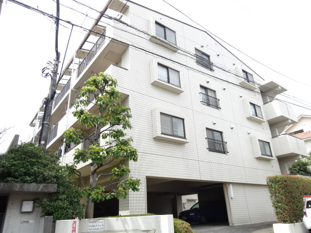 サンパティック荏田 401号室の外観