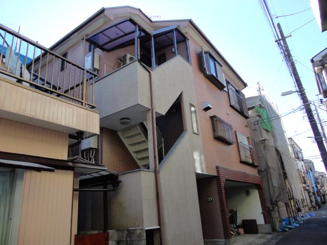 成川貸室外観写真