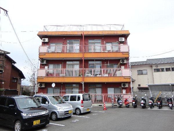 石田マンション外観写真