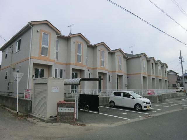 カーサフェリーチェ飯村外観写真
