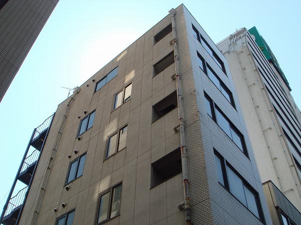 第13菊地ビル 4F号室の外観