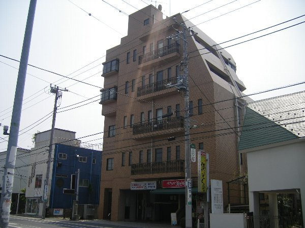 岡田ビル外観写真