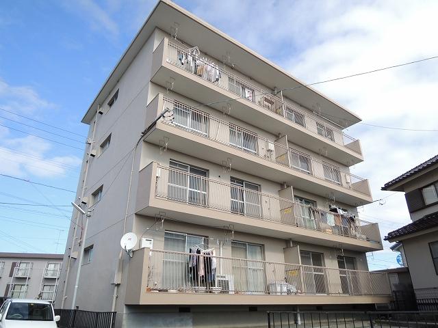 富塚コーポ外観写真