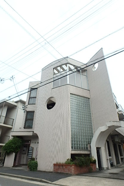 パール徳川外観写真