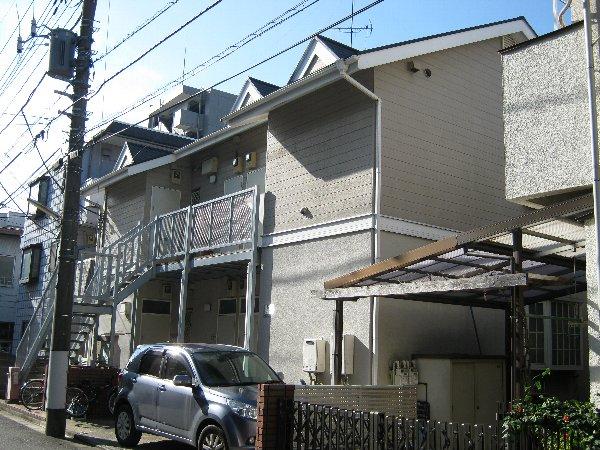 三松ハウス 201号室の外観