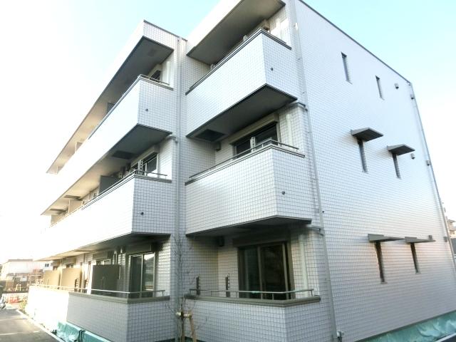 メディカルガーデン谷塚B外観写真