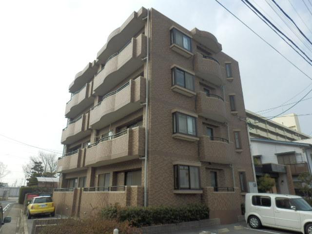 カーサ岩塚外観写真