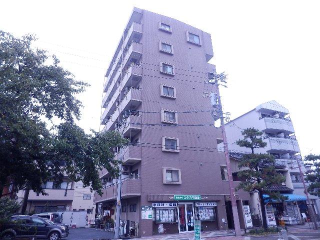 CASTLE ワタナベ外観写真