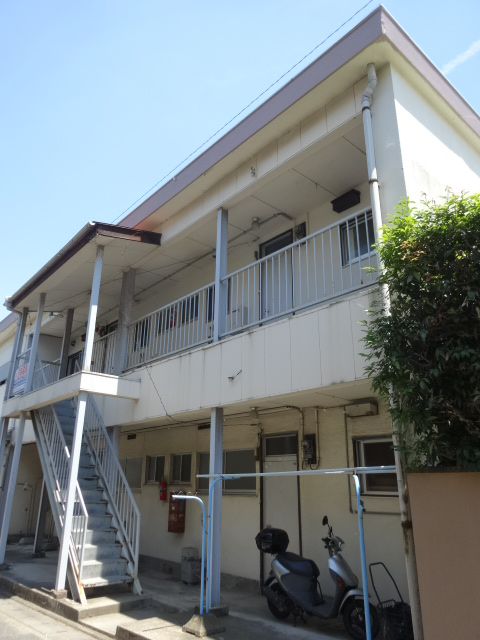 郷口荘 3号室の外観