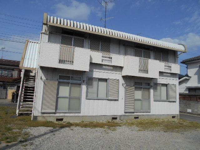 ラ・メゾン・ド・トゥルワ 201号室の外観