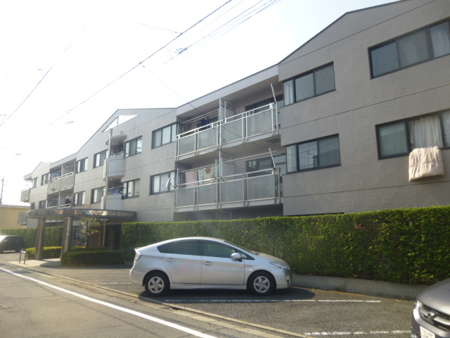 モアグレース竹ノ塚外観写真