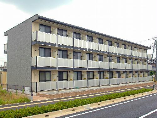 レオパレスサンロク東幕張外観写真