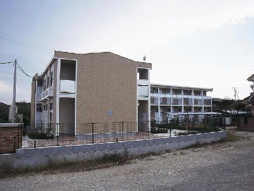レオパレスハイツプラムガーデン外観写真