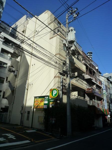 プレール・ドゥーク新宿曙橋外観写真