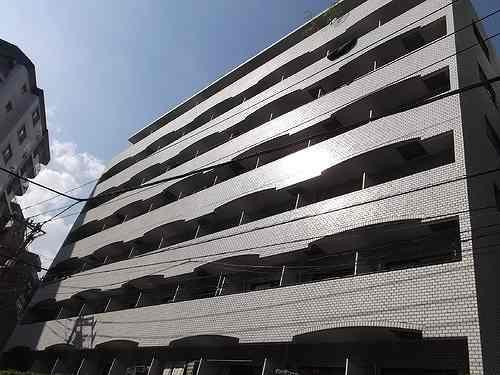ライオンズマンション駒込六義園外観写真