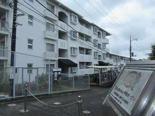 ライオンズマンション中山ガーデン外観写真