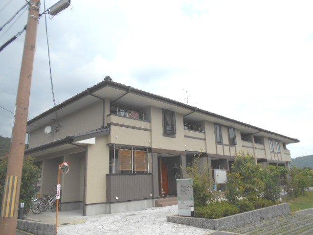 プラシード嵯峨1外観写真