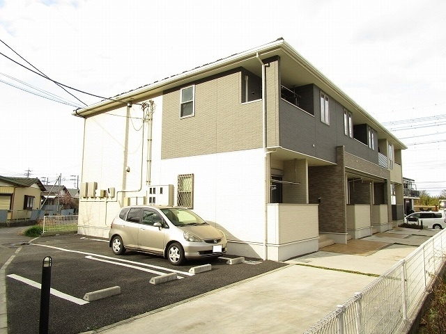 松本町アパート外観写真