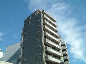 アンベリール新宿外観写真