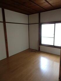 山田アパート外観写真