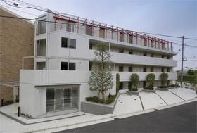 F.S.C.新宿マンション外観写真