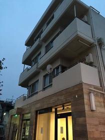 上野毛マンシオン 401号室の外観