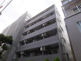 スカイコート新宿御苑前外観写真