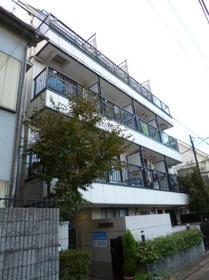 レヤーノ新宿外観写真