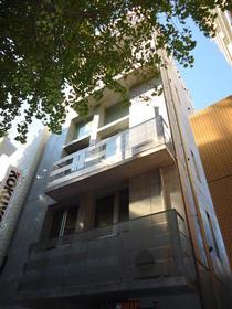 クーヴェラ三宿 201号室の外観