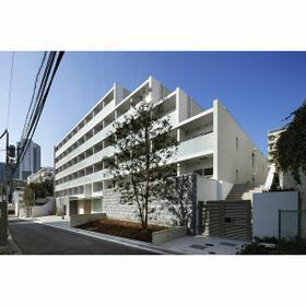 ガーデン東新宿外観写真