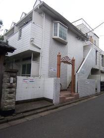 レオパレス武蔵浦和外観写真