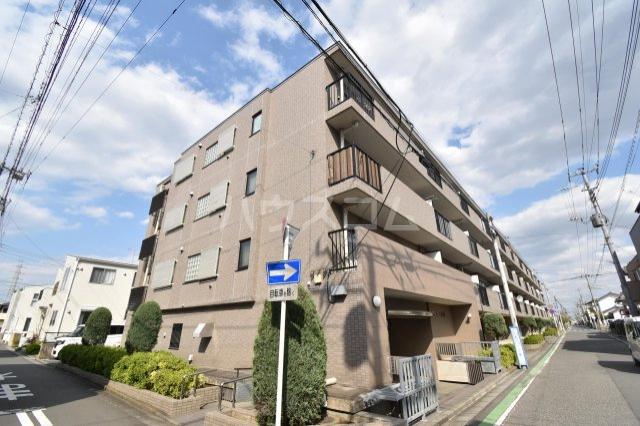フィオーレ新宿 409号室の外観