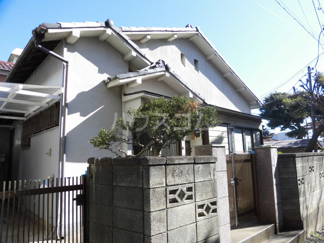 太田窪一丁目貸家外観写真