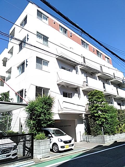 アパートメンツ駒沢大学 206号室の外観