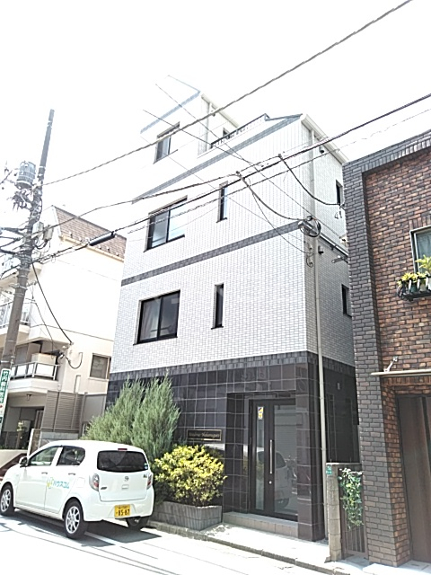 Residence Nakameguro 102号室の外観