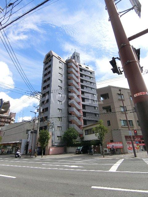 ダイナコートパピヨン吉塚外観写真