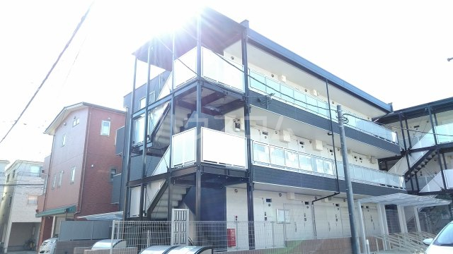 リブリ・ゆり本町 106号室の外観
