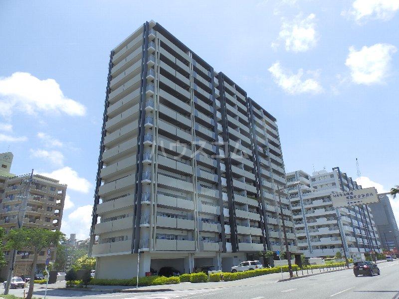 ワイズエステムコート壷川駅前外観写真