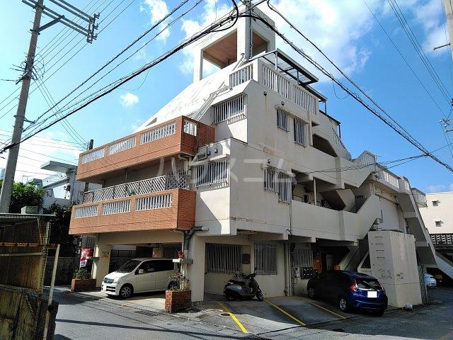屋富祖アパート外観写真