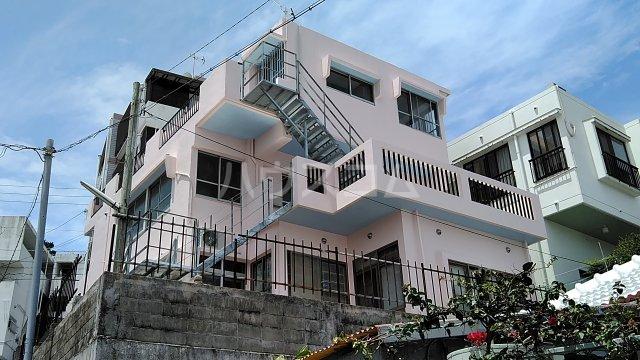 リーシャトー那覇空港外観写真